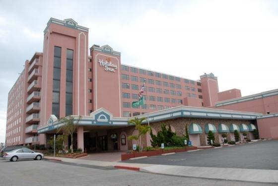 Holiday Inn Washington DC-Central/White House is a full service hotel conveniently located in downtown Washington DC, 6 blocks from the White House.